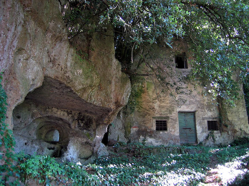 Tombs, Sutri