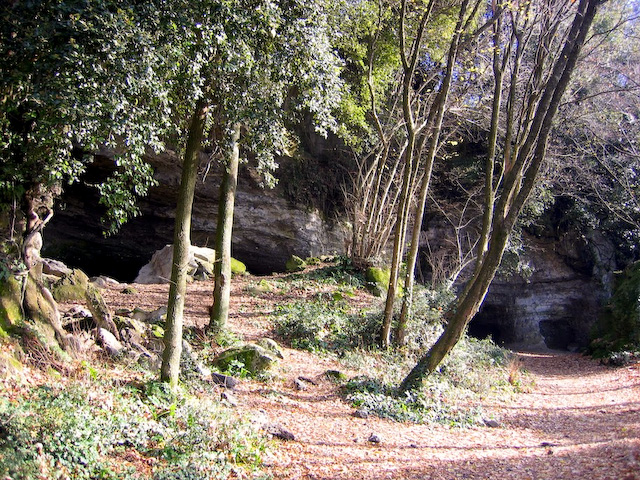 Caves, Lake Albano